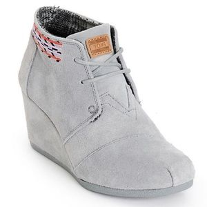 TOMS Gray Embroidered Desert Wedge Booties 6.5